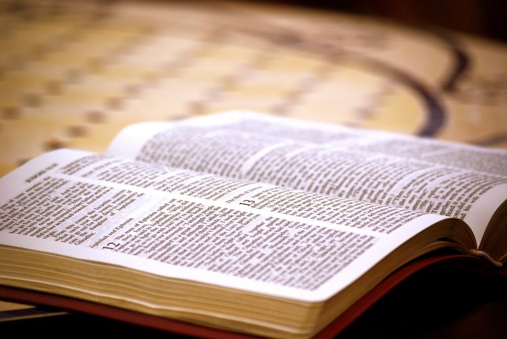 open bible photo